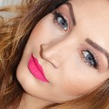 Spring-Makeup-Hot-Pink-Lips-Neutral-Eyes-GRWM