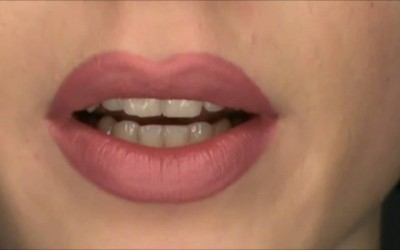 How-to-make-your-lips-bigger-Makeup-tutorial-fuller-lips-ever-2016