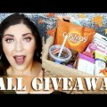 HUGE-International-Fall-Giveaway-Bath-Body-Works-Goodies-Makeup-Skincare