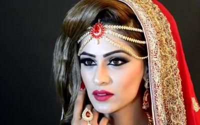 Asian-Bridal-Makeup-by-Areebas-Style-MakeUp-Areeba-How-to-do-Wedding-MakeUp