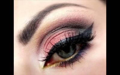 Top-Best-Eyeshadow-Makup-Blue-Eyes-For-Women