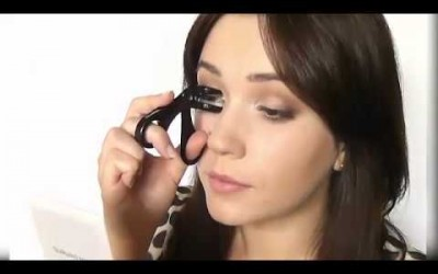 how-to-do-eye-makeup-at-home....