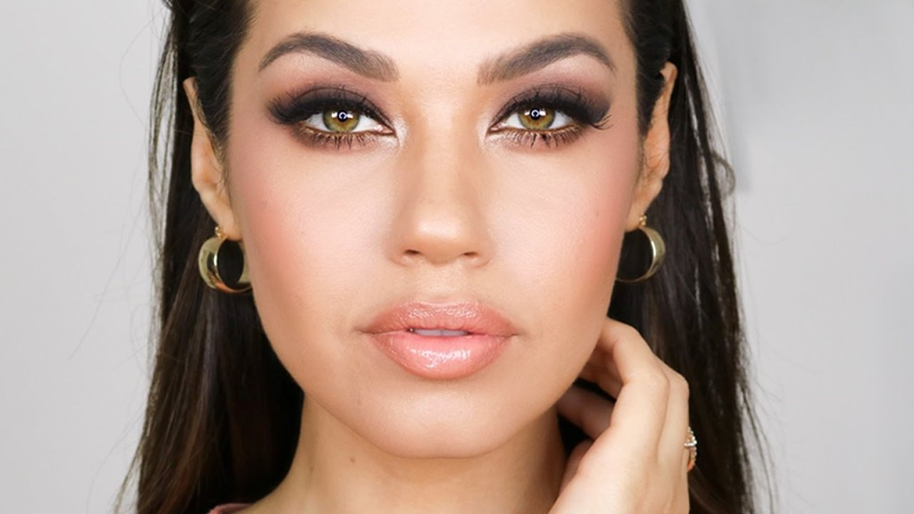 Natural Everyday Makeup For Green Eyes